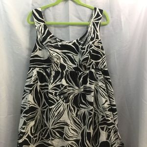 Liz Lange Maternity Dress Black And White Floral